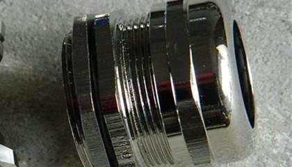选好塑料电缆防水接头的型号和规格很重要