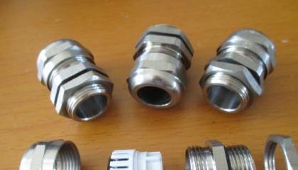 不锈钢电缆防水接头厂家应做到哪些要求?