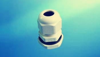 使用塑料防水电缆接头时需注意哪些故障?